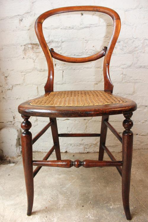 Pretty Victorian Walnut Balloon Back Childu0027s Chair ...