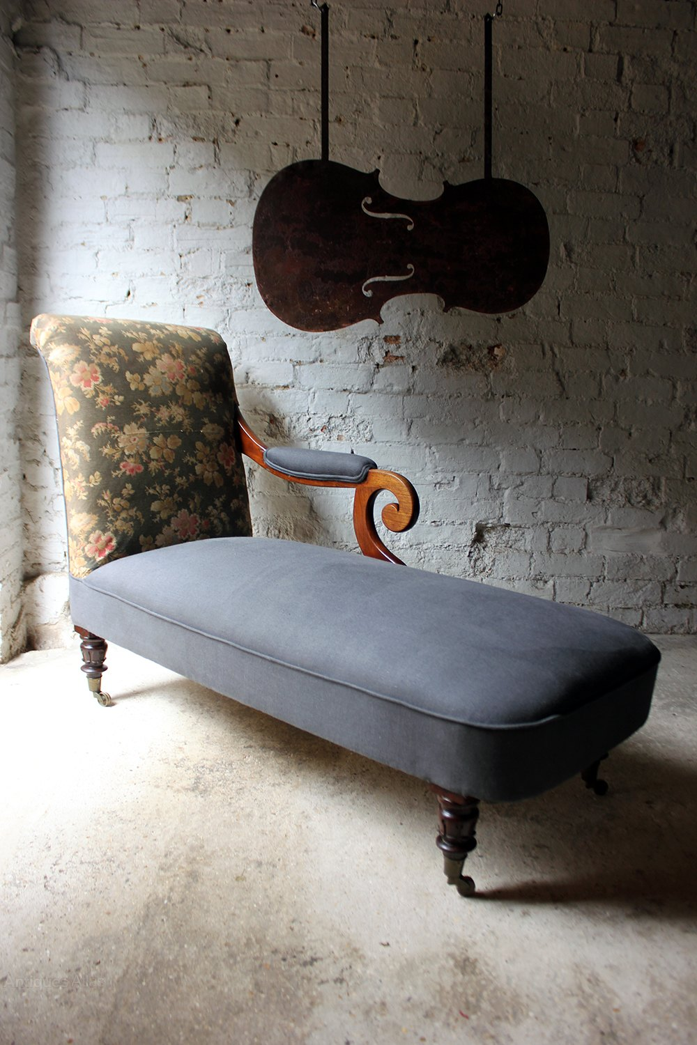Unusual william iv mahogany chaise longue for Antique chaise longue for sale uk