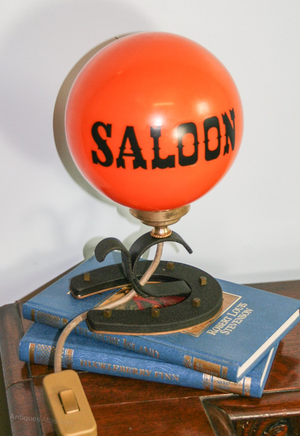 Antiques Atlas - Novelty 1960s Saloon Small Table Lamp
