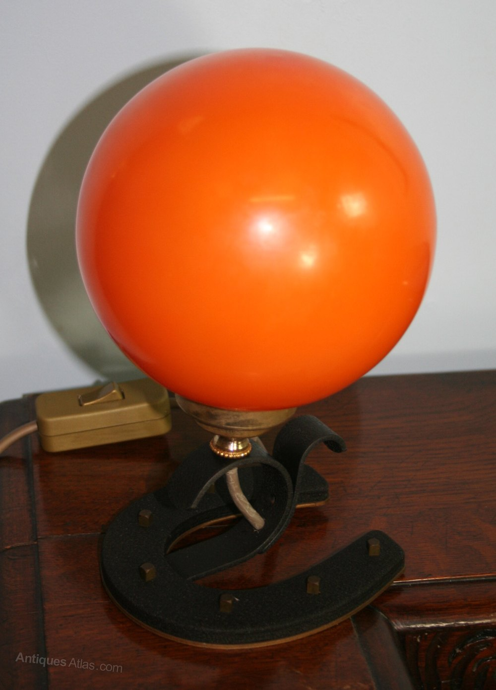 1960s Novelty Lighting Lamp : Antiques Atlas - Novelty 1960s Saloon Small Table Lamp