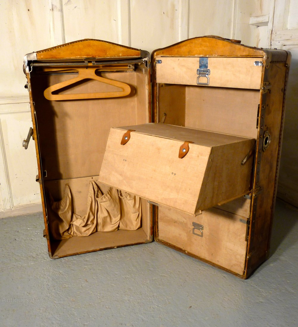 antiques atlas fitted steamer trunk or cabin wardrobe. Black Bedroom Furniture Sets. Home Design Ideas