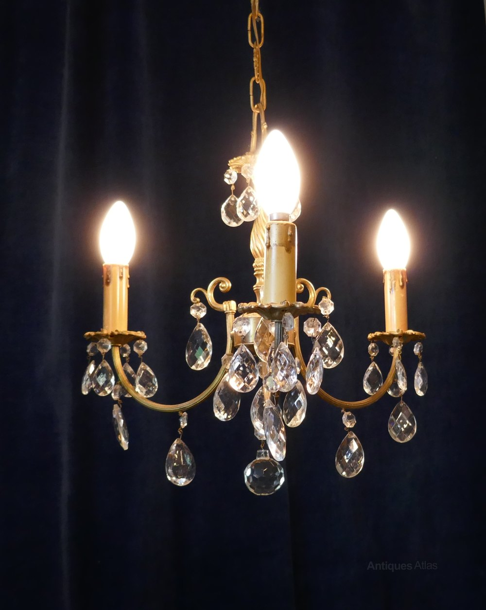 antiques atlas french cut glass and brass 3 branch chandelier. Black Bedroom Furniture Sets. Home Design Ideas