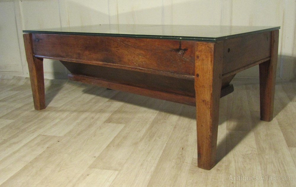 French farmhouse dough bin quirky coffee table antiques for Coffee tables quirky