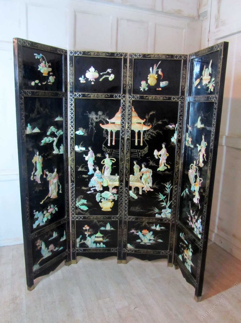 Japanese Lacquer Amp Mother Of Pearl Folding Screen