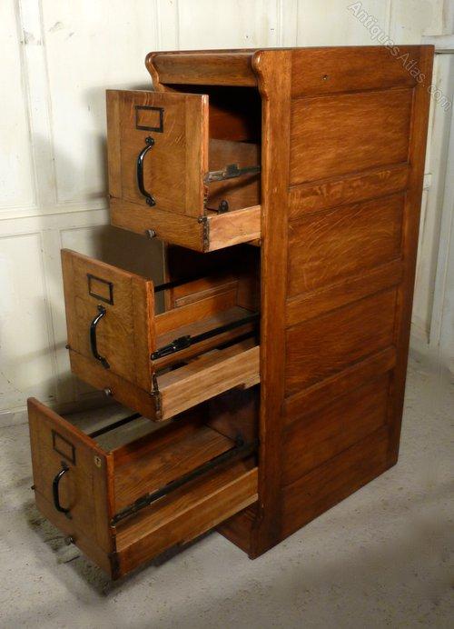 Large Art Deco 3 Drawer Oak Filing Cabinet - Antiques Atlas