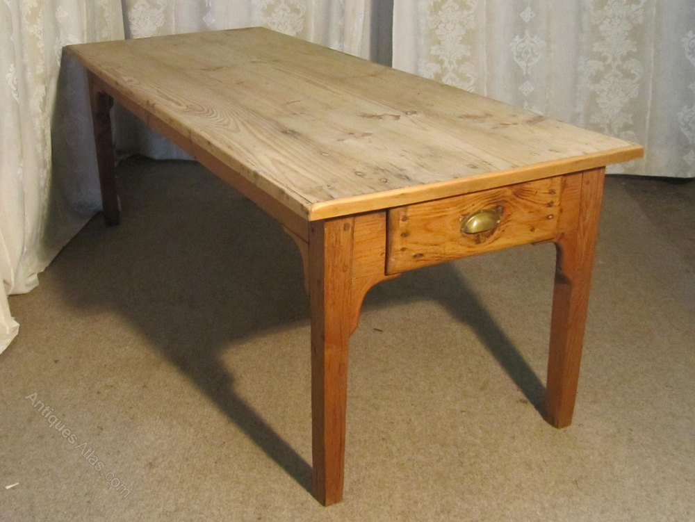 Large french farmhouse kitchen pine table antiques atlas for Large kitchen table