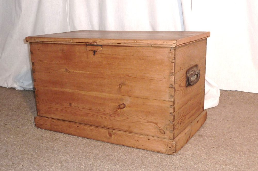 Large Victorian Pine Blanket Box Or Coffee Table Antiques Atlas