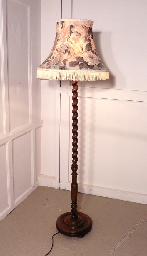 Antiques atlas oak barley twist floor standing standard lamp for Oak floor lamp stand