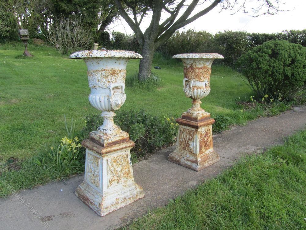 Discussion on this topic: How to Paint Concrete Garden Ornaments, how-to-paint-concrete-garden-ornaments/