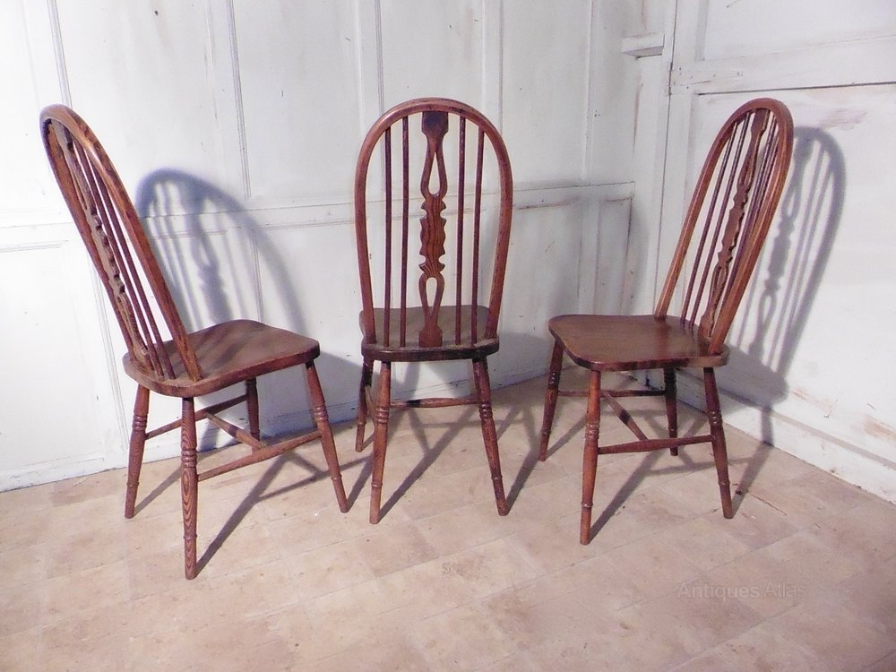 set of 4 country oak kitchen dining chairs wheel antiques atlas. Black Bedroom Furniture Sets. Home Design Ideas