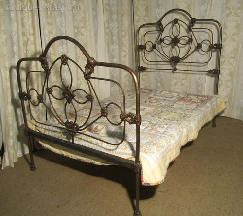 Victorian Cast Iron Beds : Striking victorian cast iron ft double bed antiques atlas