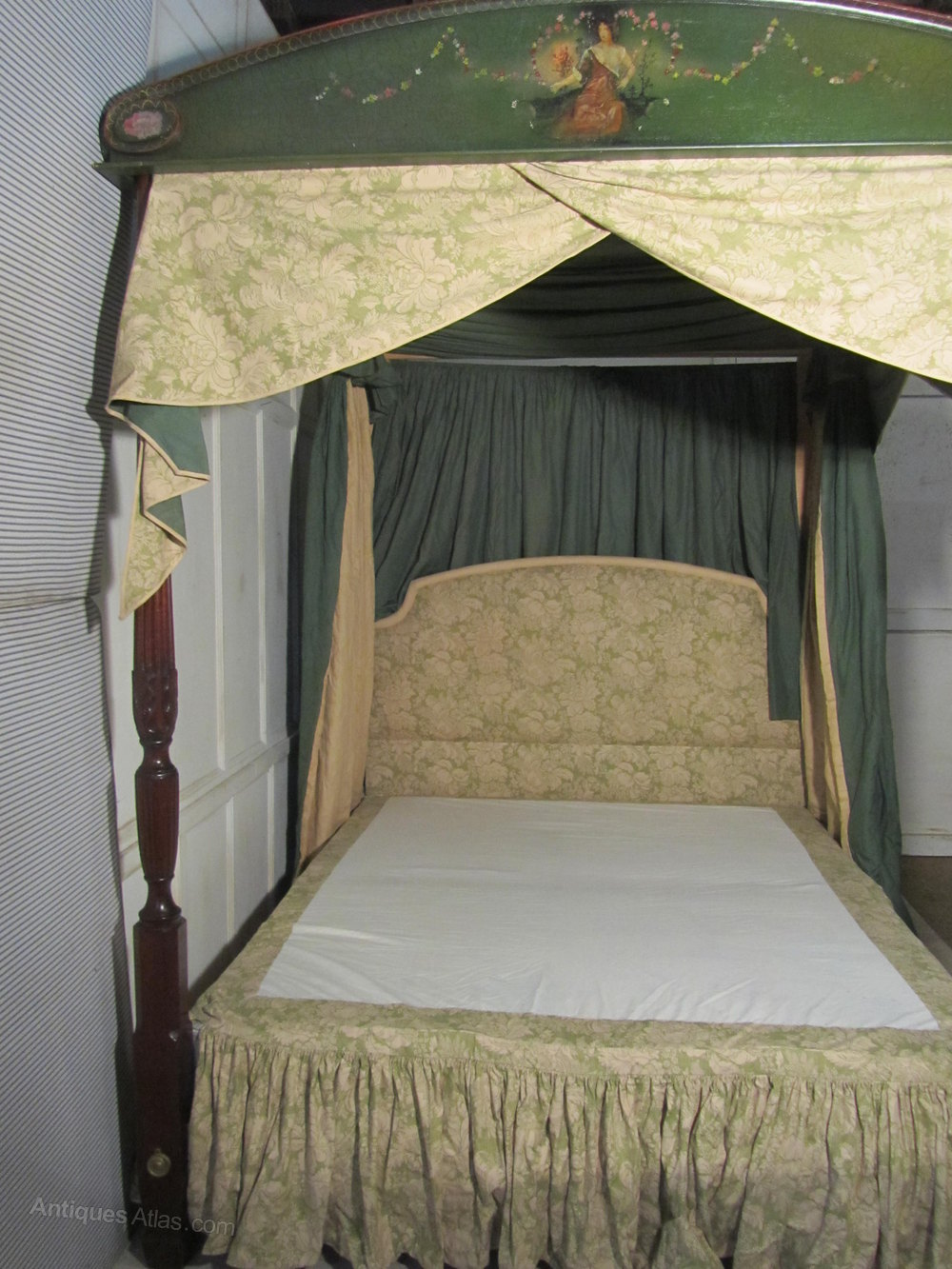 Superb Full Tester 4 Poster King Size Double Bed
