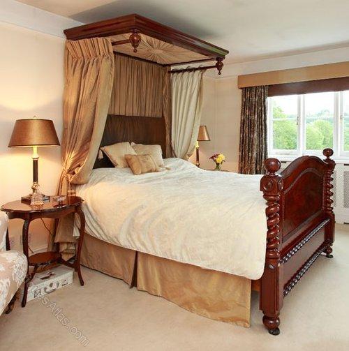 Half Tester Bed For Sale Uk