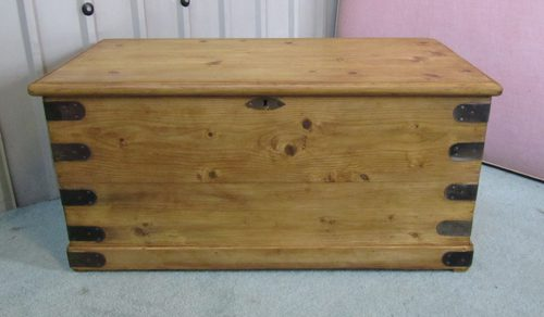 Victorian Pine Blanket Box - Antiques Atlas