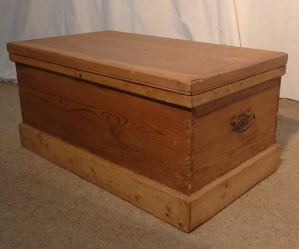Victorian Rustic Pine Blanket Box Or Coffee Table