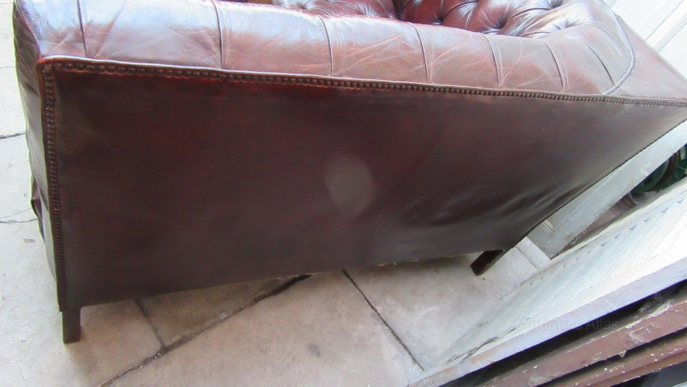 Antique Deep Buttoned Leather Free Standing Sofa Antiques Atlas