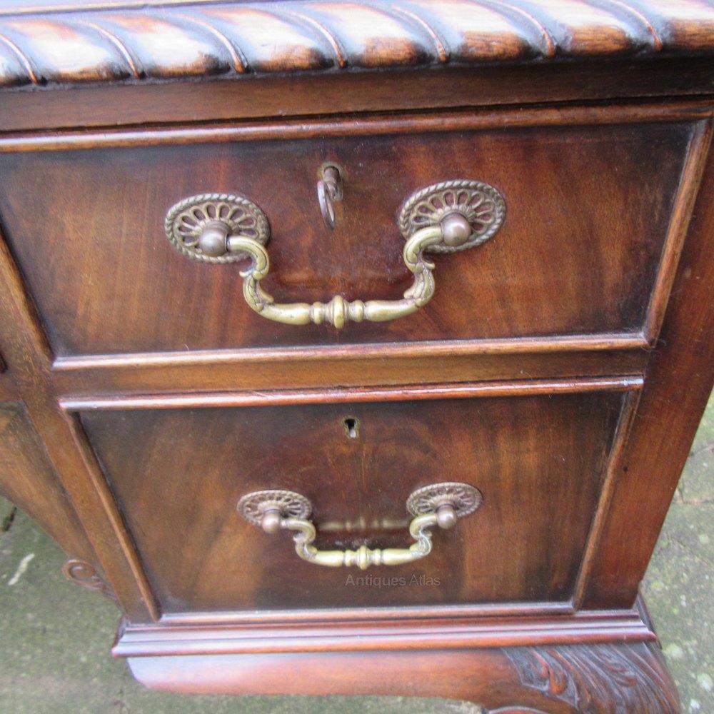 Antique mahogany knee hole desk antiques atlas - Antique peephole ...