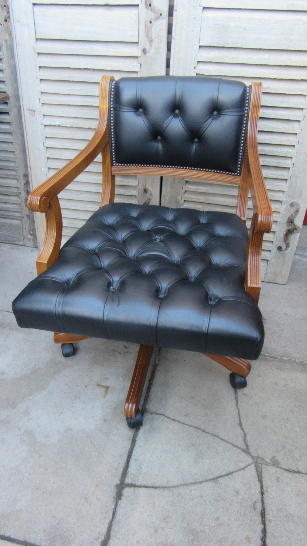Vintage Deep Buttoned Leather Captains Chair ...