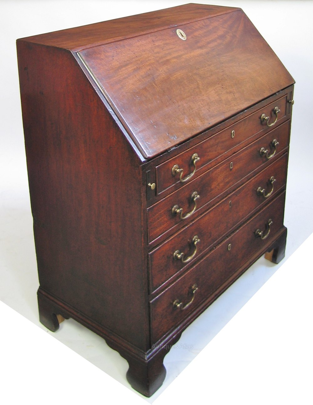 george 111 mahogany 4 drawer small bureau antiques atlas. Black Bedroom Furniture Sets. Home Design Ideas