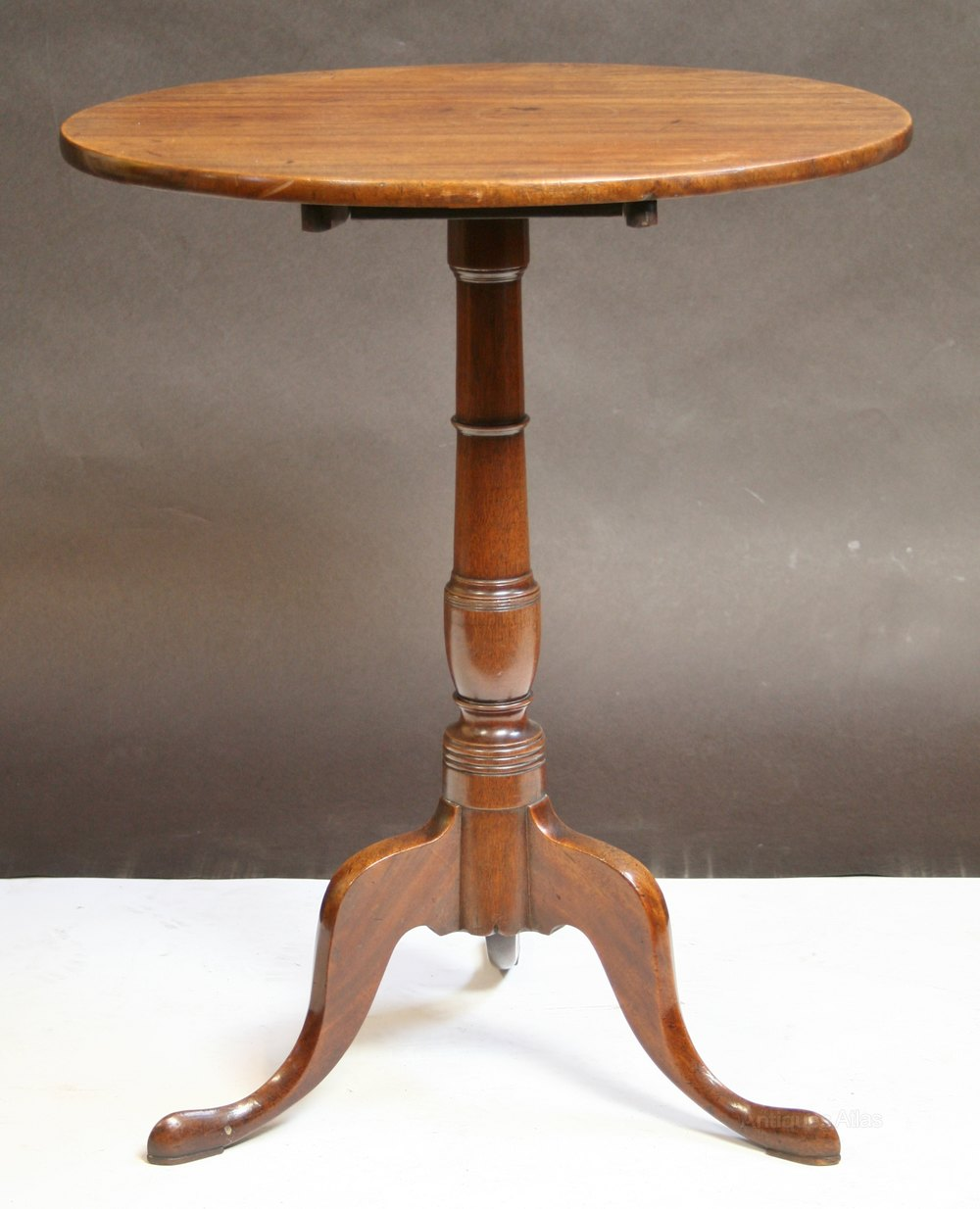 george iii mahogany circular tilt top tripod table antiques atlas. Black Bedroom Furniture Sets. Home Design Ideas