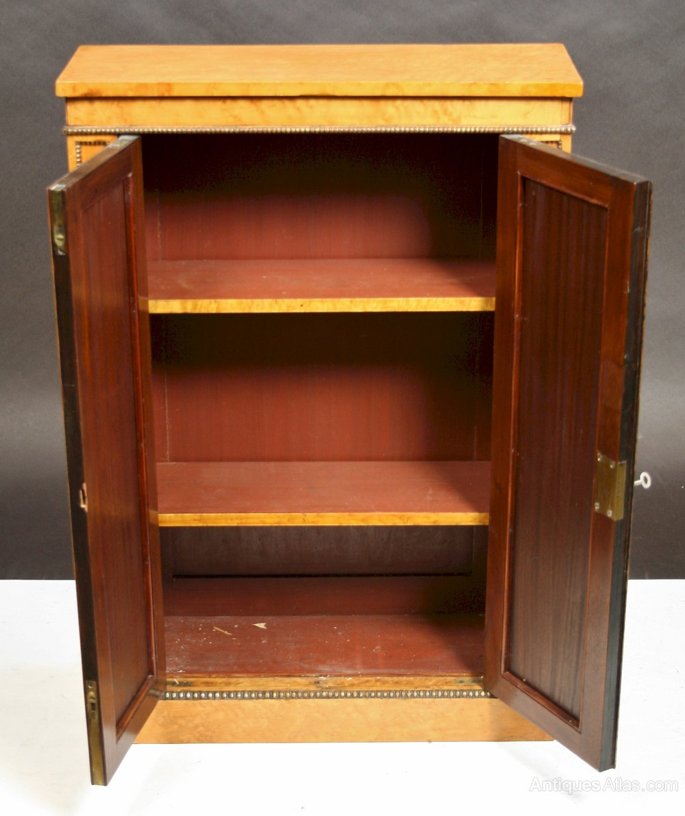 William 1v birdseye maple 2 door small cupboard antiques for Birdseye maple kitchen cabinets