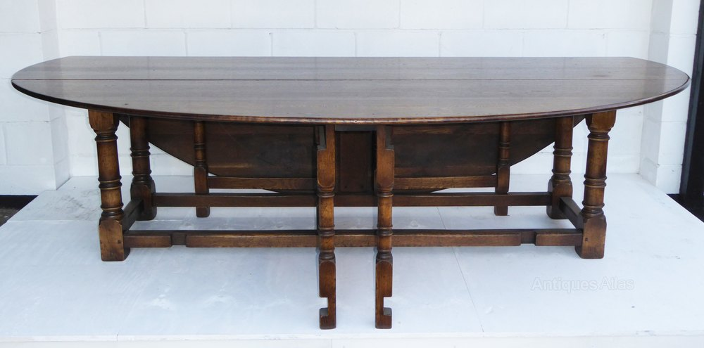 Antiques atlas a large solid oak wakes table for 10 seater solid oak dining table