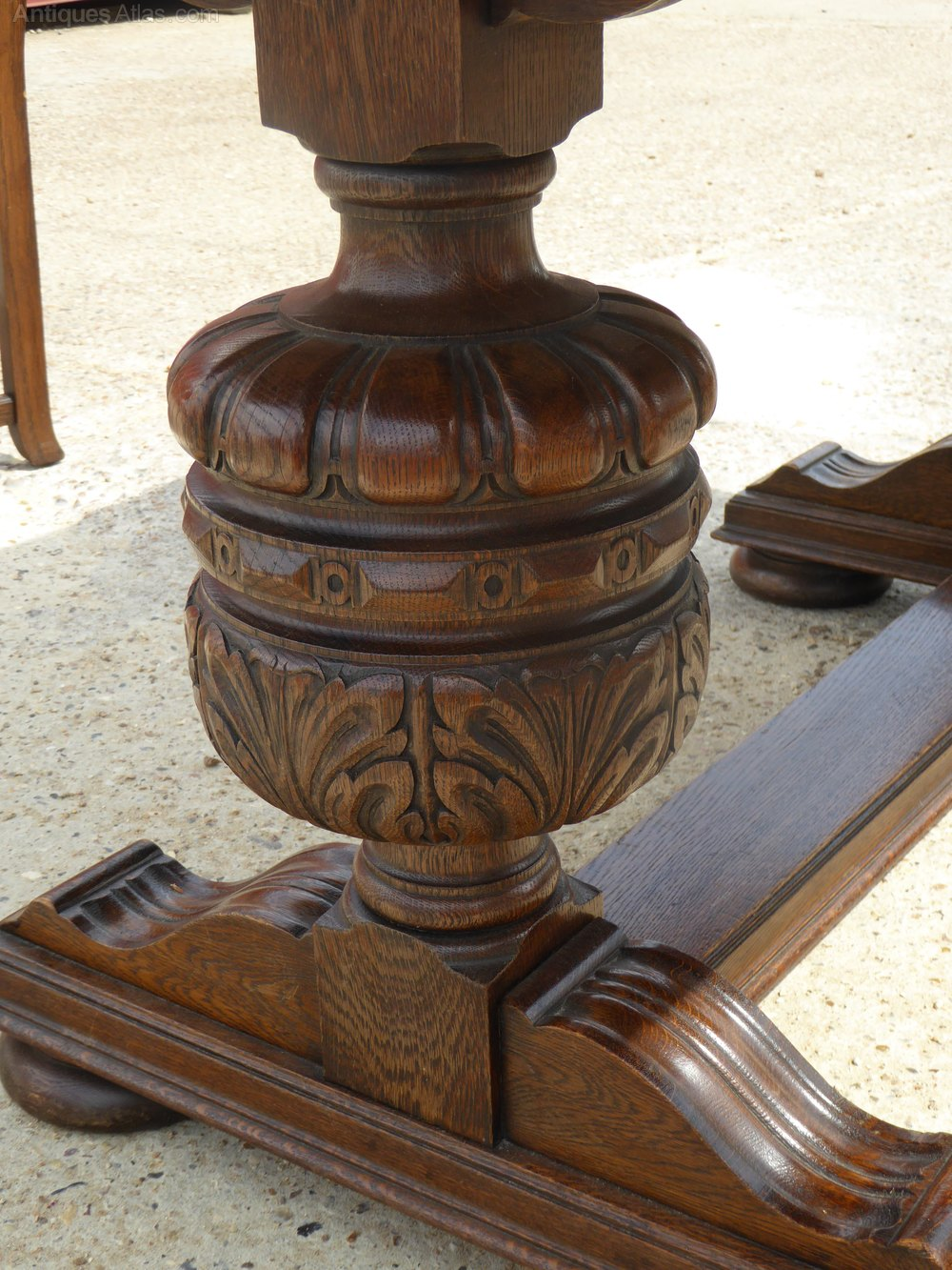 Carved oak table and six chairs antiques atlas