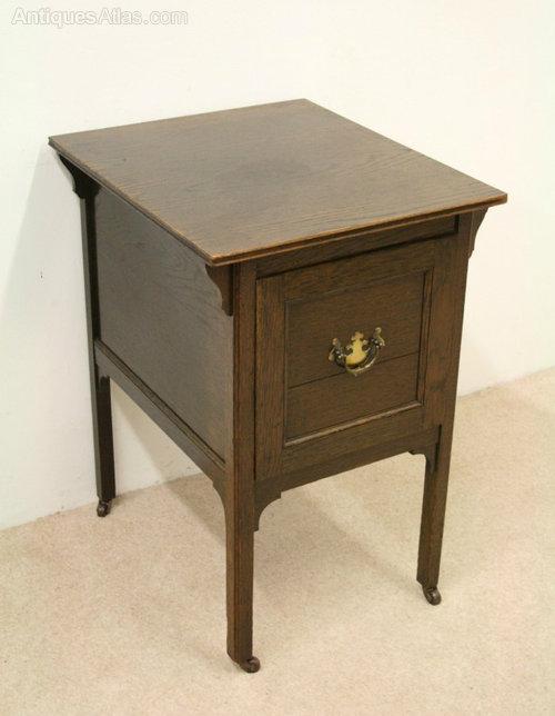 Edwardian Solid Oak Gramophone Cabinet Antique ... - Edwardian Solid Oak Gramophone Cabinet - Antiques Atlas