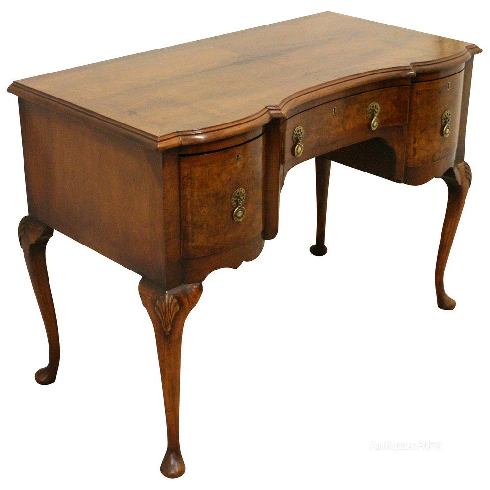 George ii style walnut side table desk antiques atlas for Walnut side table