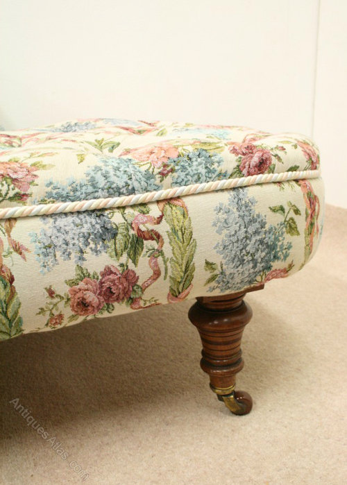 victorian chaise longue for sale uk with As178a1235 on Antique Chaise Longue in addition Divan Sofa Design moreover As462a499 besides As462a1604 together with As178a1235.