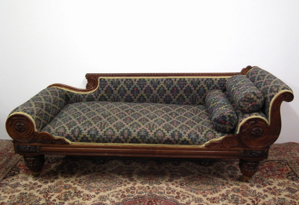 Scottish carved oak chaise longue antiques atlas for Antique chaise longue for sale