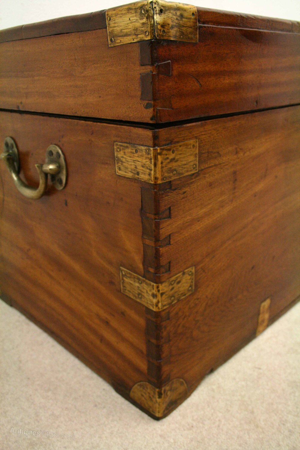 Victorian camphor wood trunk kist antiques atlas for Victorian woodwork