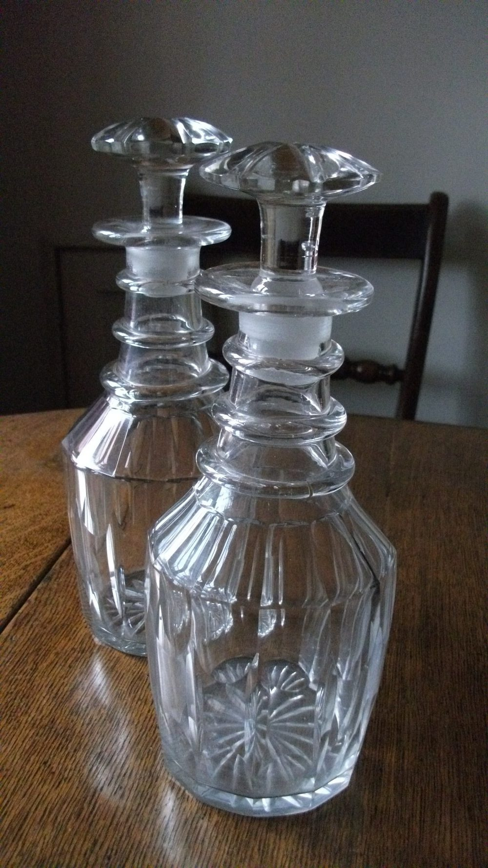 dating antique decanters Wisconsin flasks are in a league all of their own crudeness is defined by the wisconsin strap sided flask.