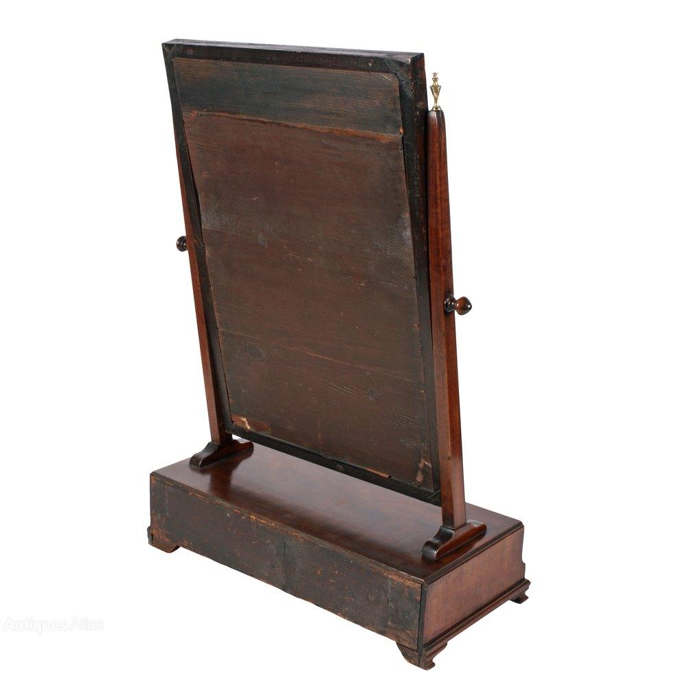 antiques atlas chippendale mahogany dressing mirror. Black Bedroom Furniture Sets. Home Design Ideas
