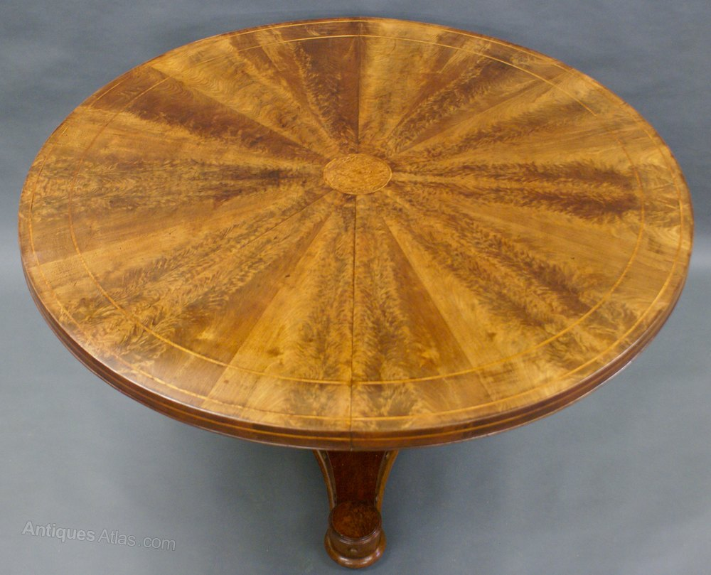 A Flame Mahogany Segmented Centerbreakfast Table  : Aflamemahoganysegmentedcenas718a072z 1 from www.antiques-atlas.com size 1000 x 809 jpeg 129kB