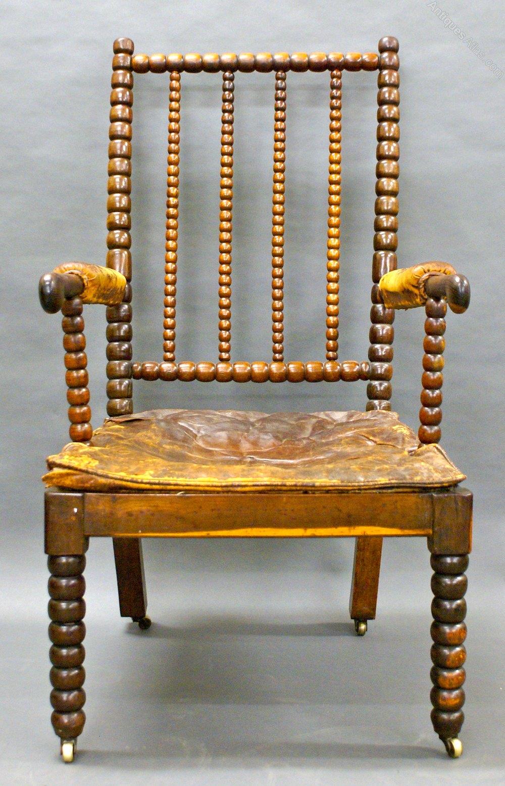 A Late 17th Century Bobbin Turned Laburnum Wood A