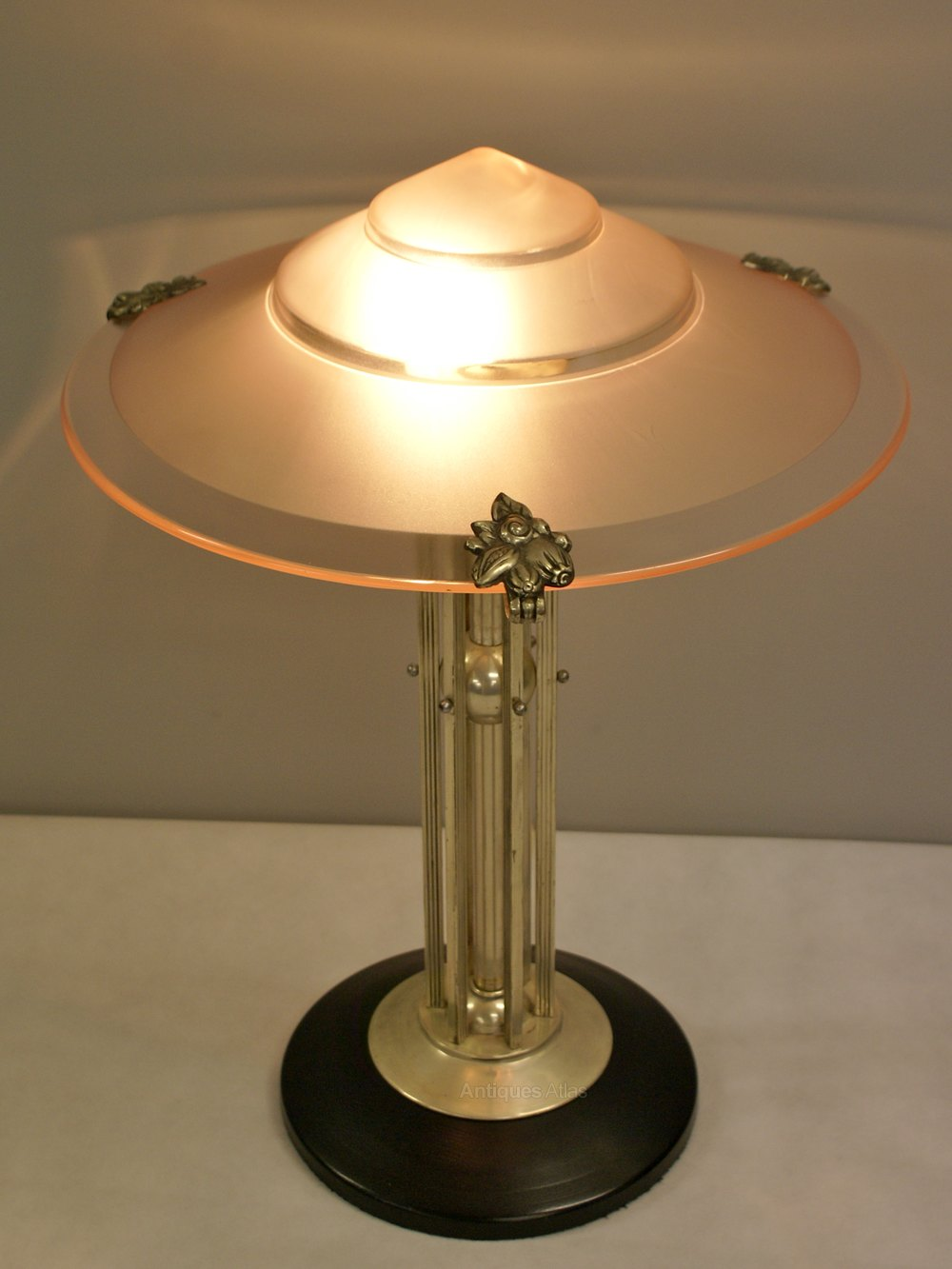 Trend An Art Deco table lamp Antique Lighting Table Lamps