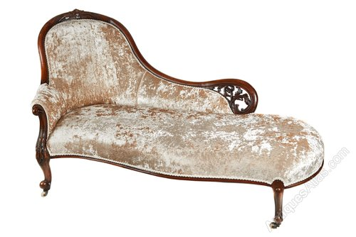 Victorian carved walnut chaise longue antiques atlas for Antique chaise longue for sale