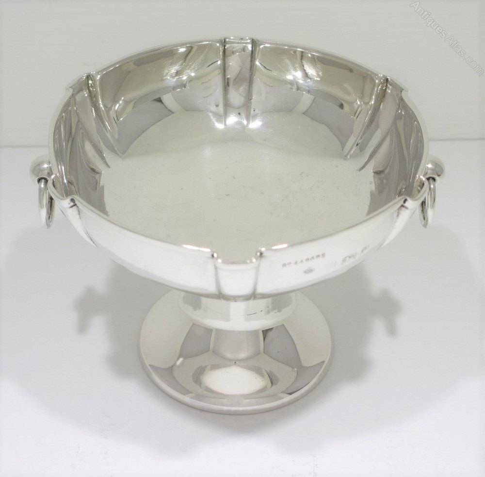 Antiques atlas edwardian arts crafts silver nut dish for Craft ideas for old dishes