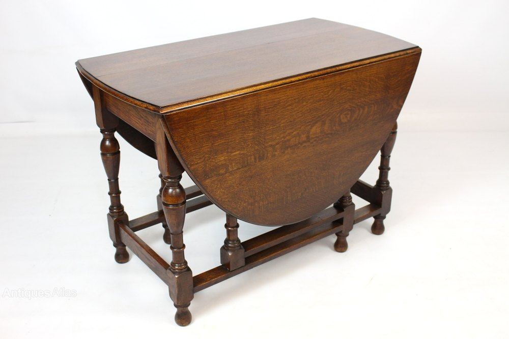 Antiques Atlas Oak Gateleg Drop Leaf Oval Dining Table : AntiqueGatelegDropLeafOvalas489a213z from www.antiques-atlas.com size 1000 x 667 jpeg 69kB