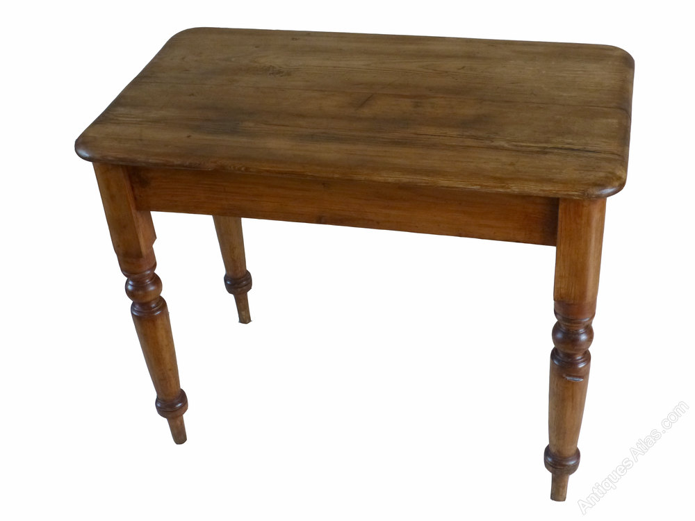 Small victorian pine kitchen side occasional table for Small occasional tables