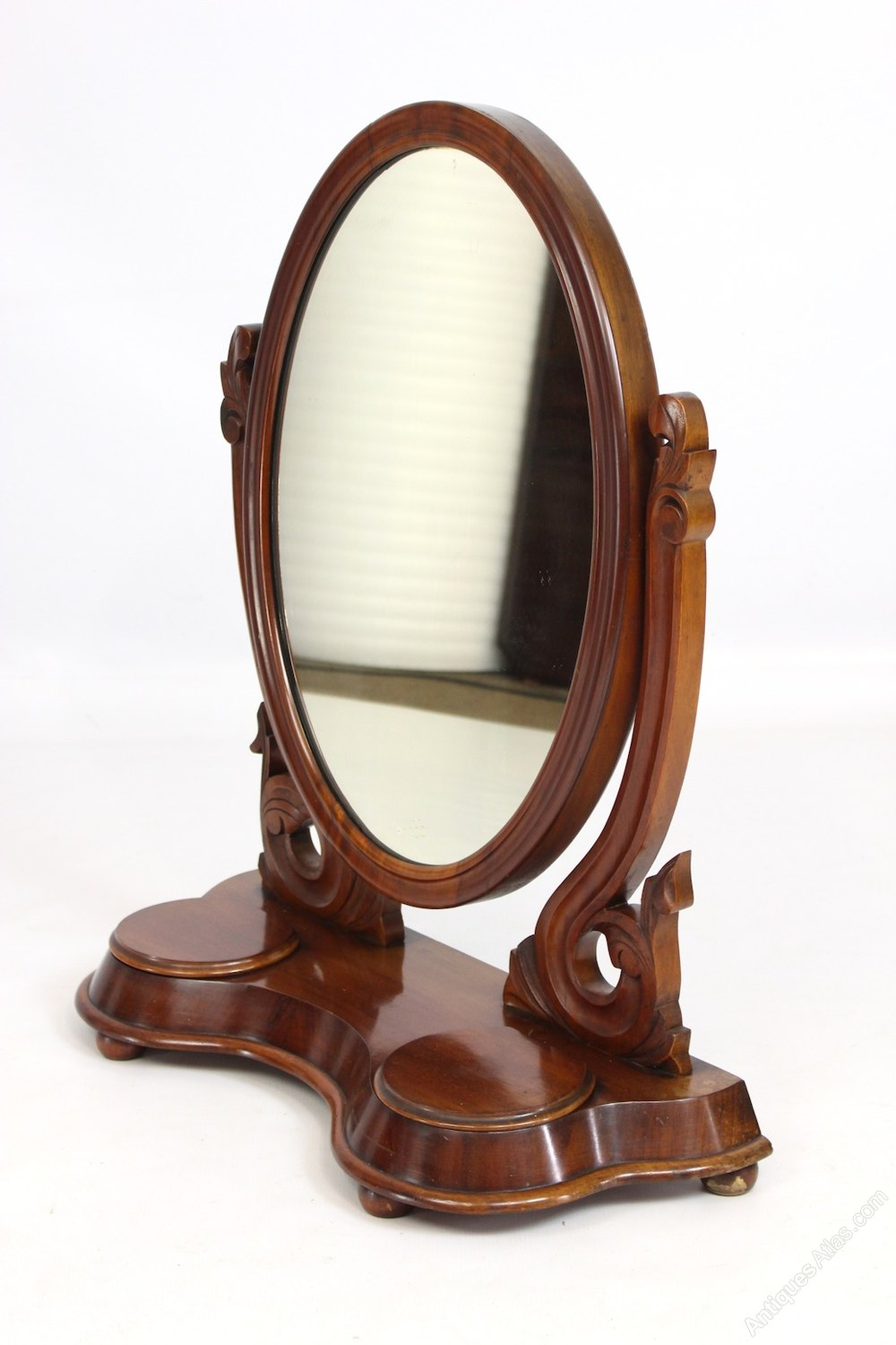 Antiques atlas victorian mahogany oval dressing table mirror for Victorian mirror