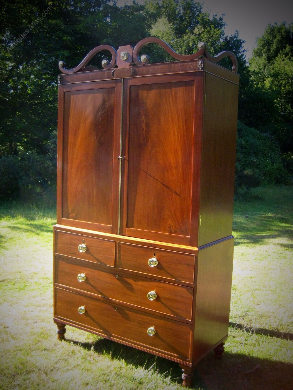Irish mahogany linen press antiques atlas for Linen press