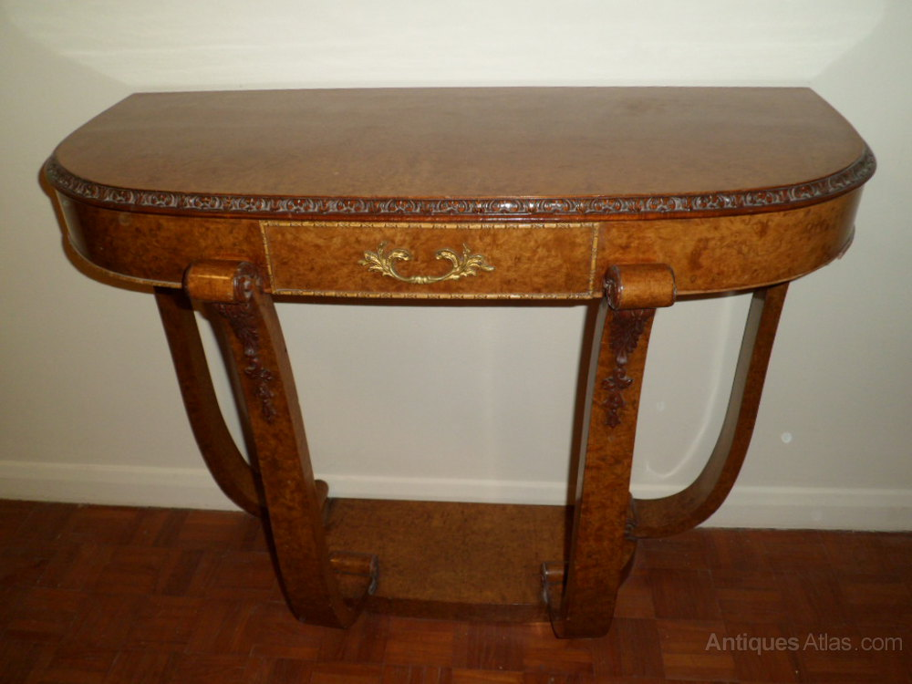 art deco walnut console antiques atlas. Black Bedroom Furniture Sets. Home Design Ideas