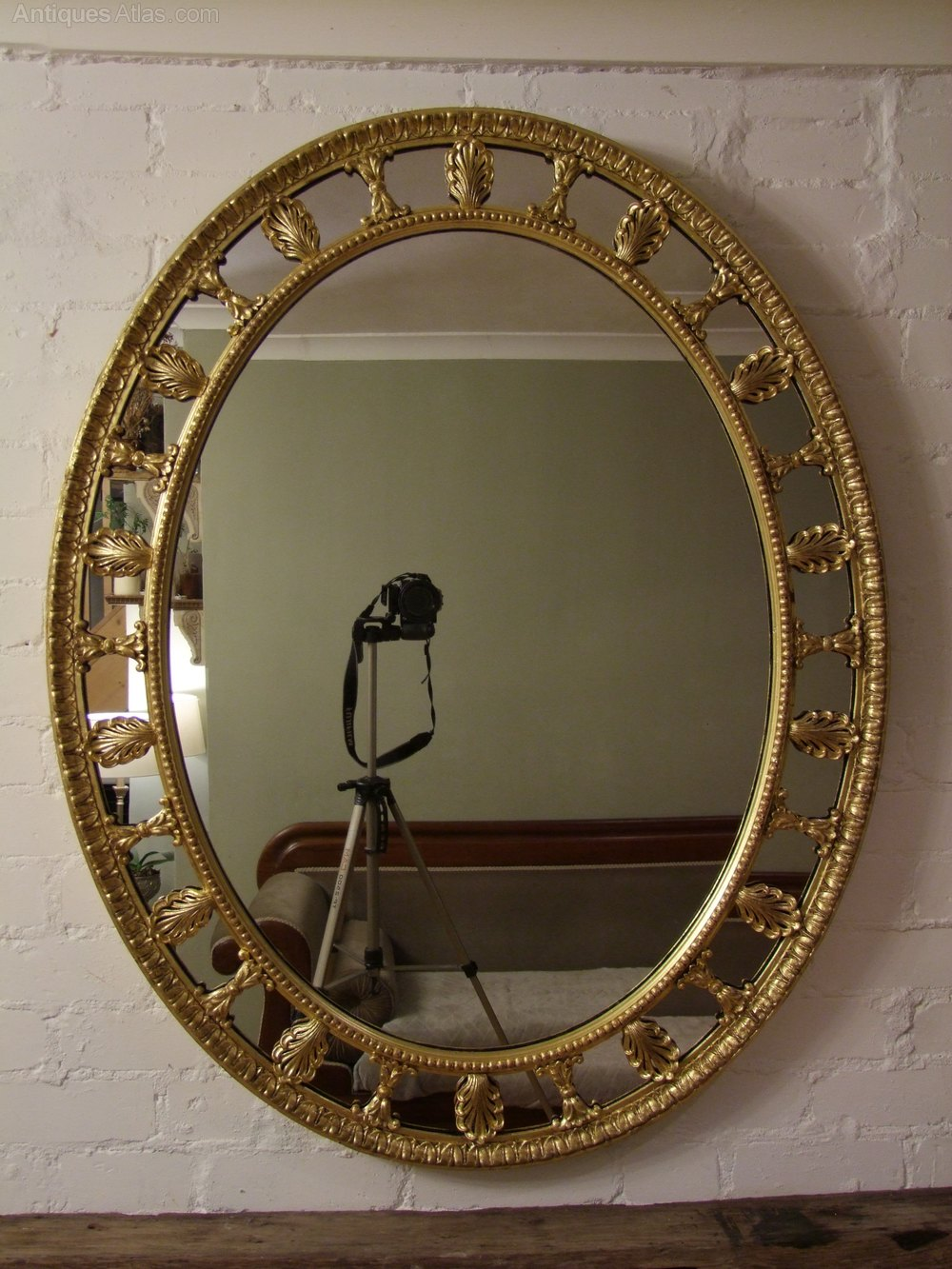 Antiques atlas english gilt wall mirror george iii style for What is a gilt mirror
