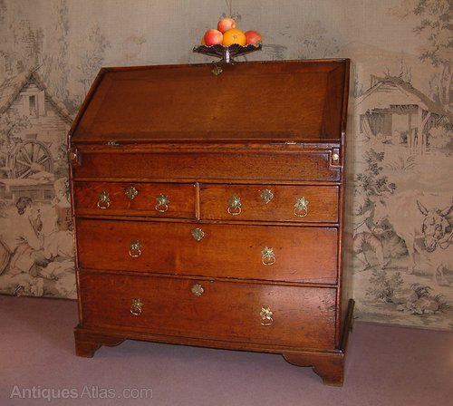 george i early 18th century oak bureau antiques atlas. Black Bedroom Furniture Sets. Home Design Ideas