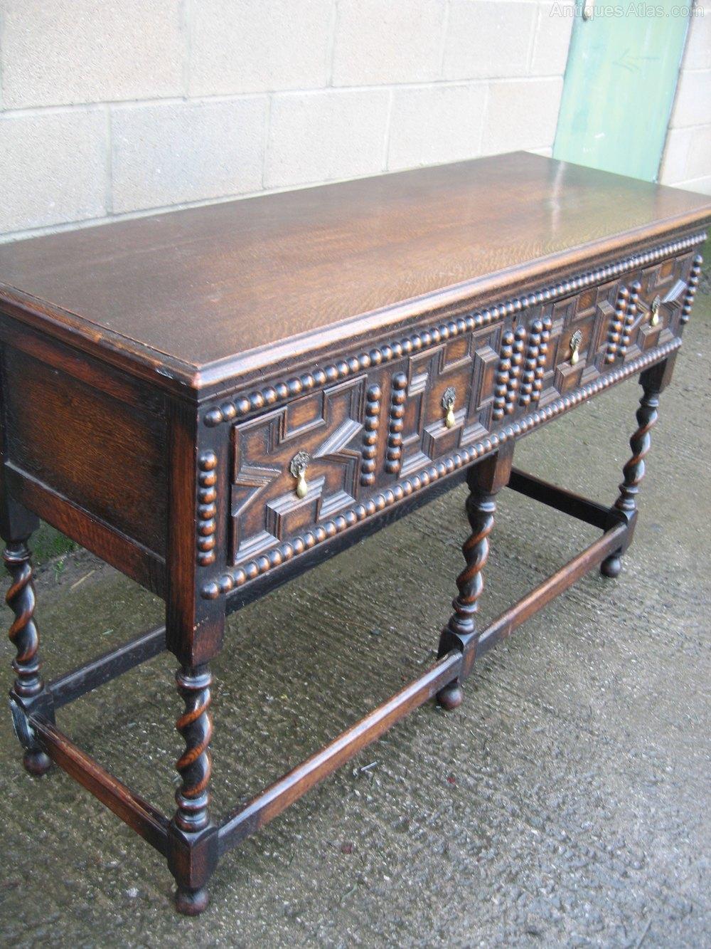 Oak slim side table dresser antiques atlas for Slim side table
