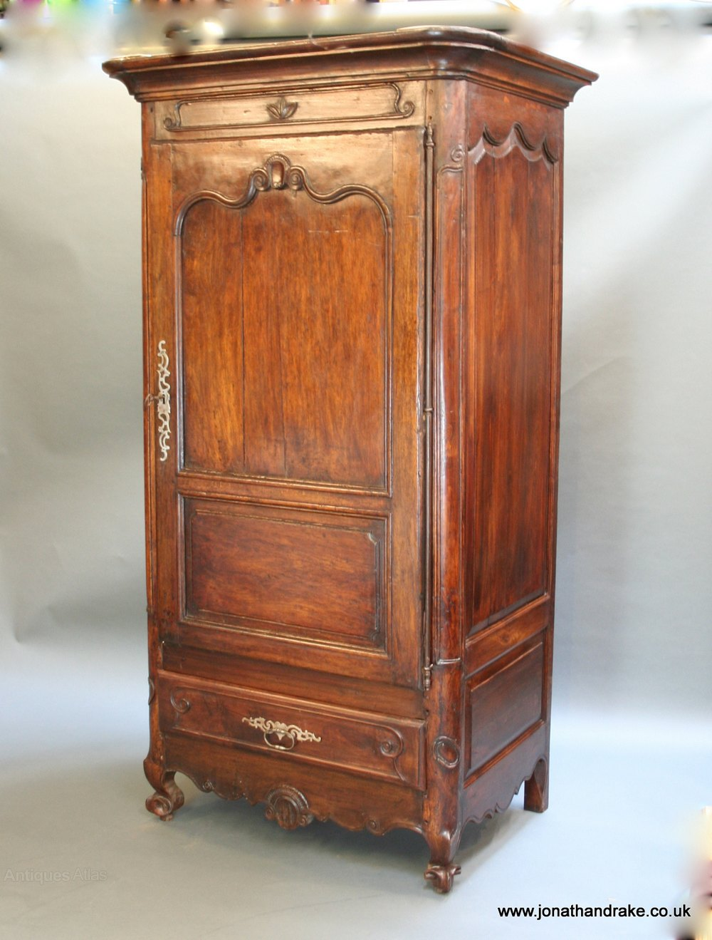 french walnut armoire antiques atlas. Black Bedroom Furniture Sets. Home Design Ideas