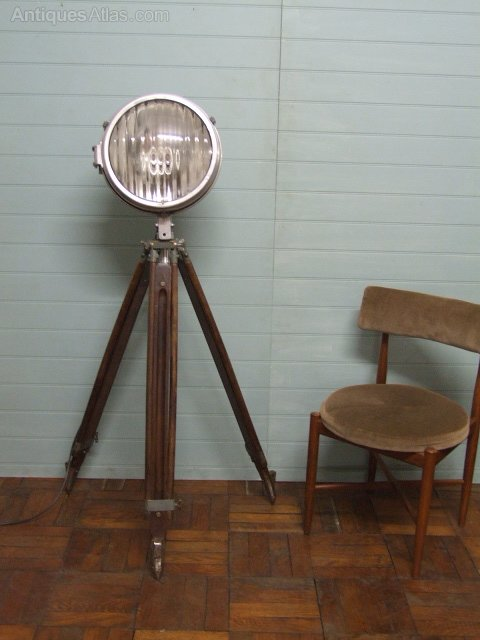 Antiques atlas ex raf air ministry 1940s 50s adjustable for Lamp and light ministries