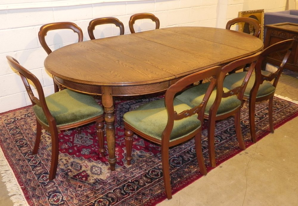 Oak circular extending dining table antiques atlas for 144 dining table